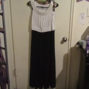 Haani Dresses - White and black formal long dress *worn once*